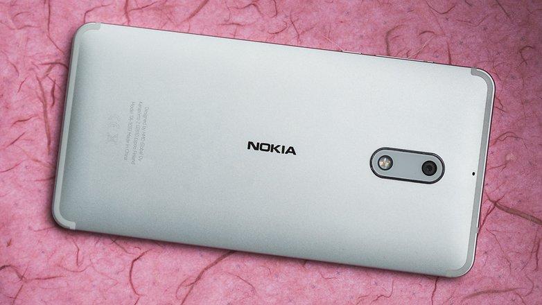 قاب پشتی آلومینیومی گوشیموبایلNokia 6 نیز میتواند دلپذیر باشد.© فون پدیا